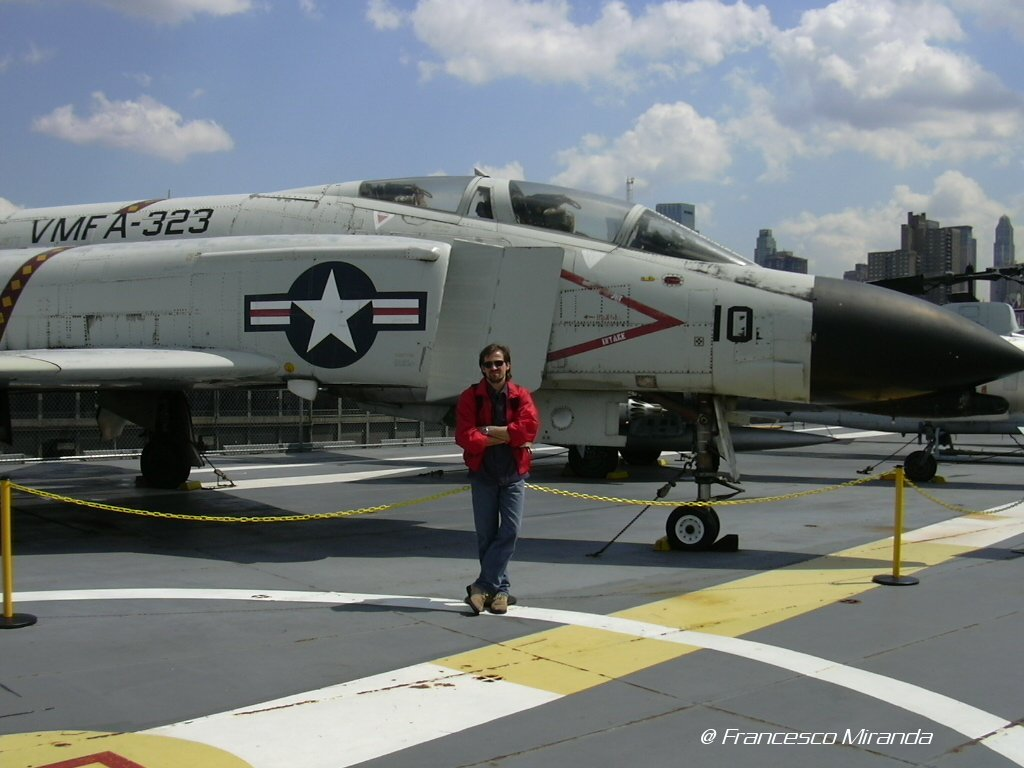 intrepid-museum-f-4