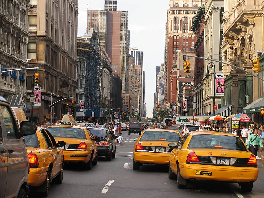 Times_Square_taxi_traffic_jam